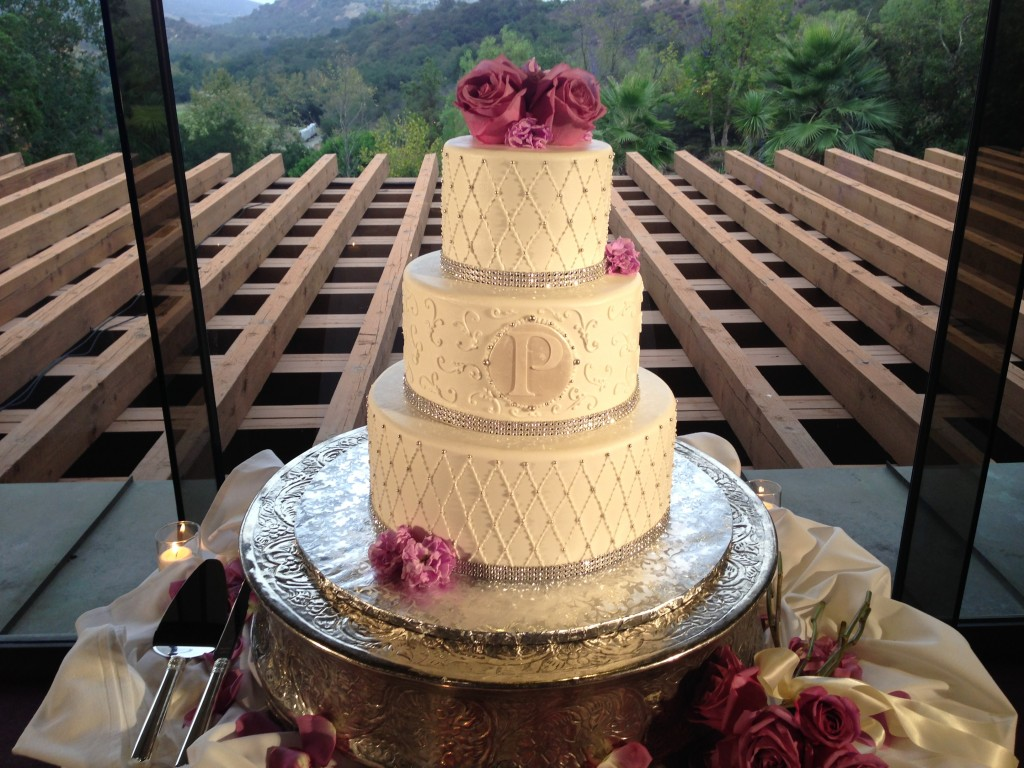 Dove Canyon Golf Club Reception Cake Spotlighting